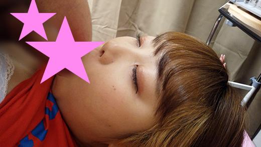 (眠り姫vs整体師)パイパンムチムチの地下アイドルに睡眠姦