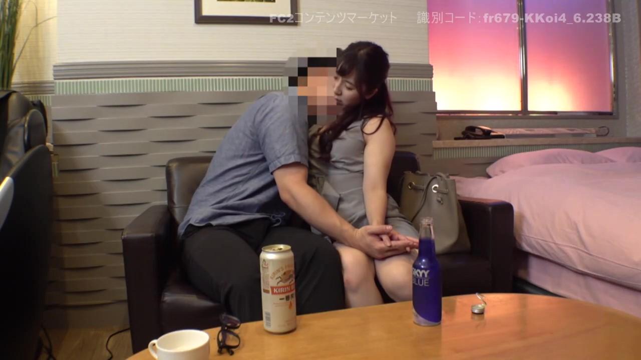 《個人撮影》人妻保育士 26歳 父兄と浮気SEX 隠し撮り画像つき詳細レビュー