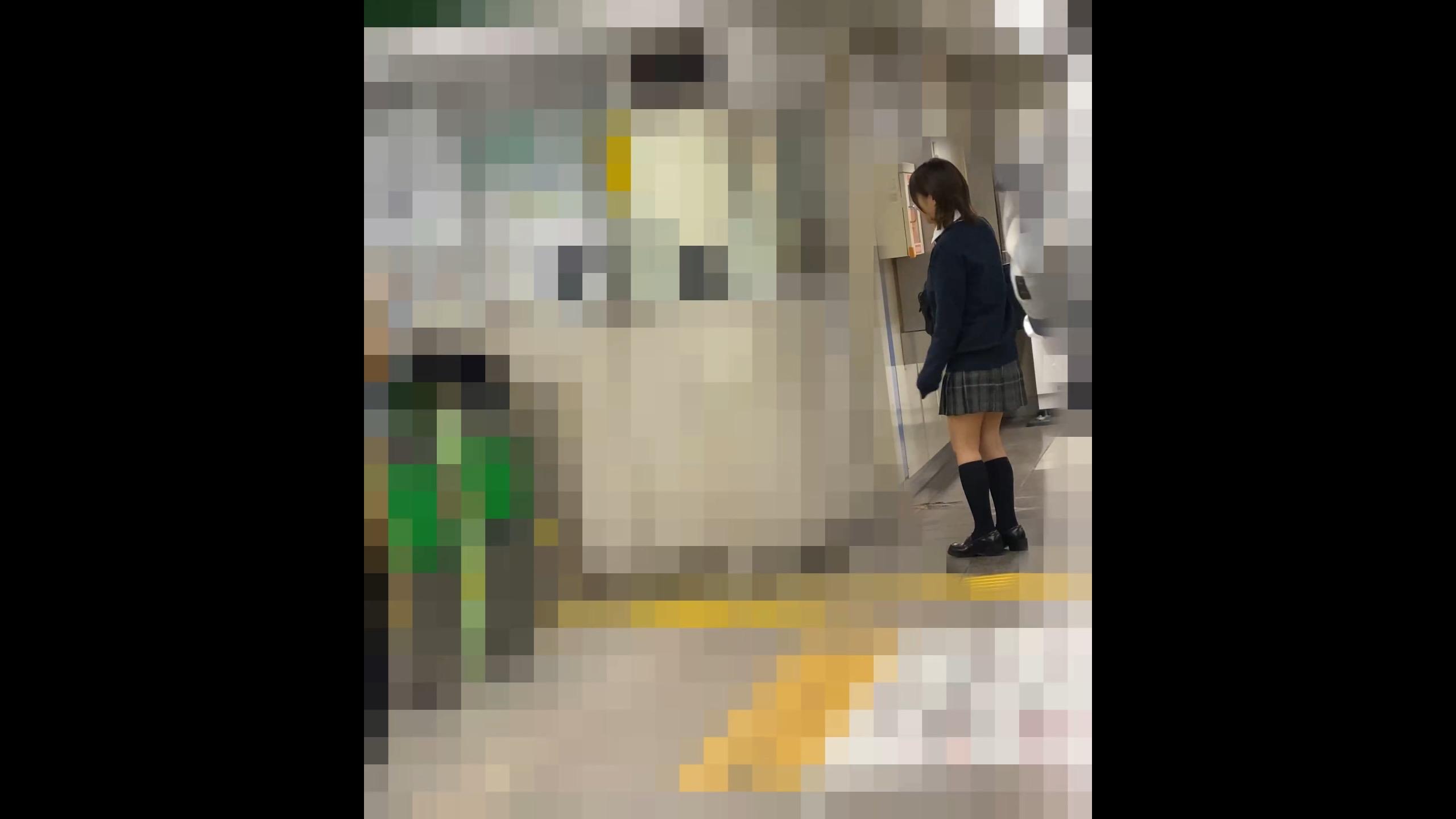 【電射男002】めちゃくちゃ可愛い女子●生の生太ももに特濃精子かけてやりました画像つき詳細レビュー