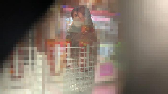 【電車痴漢】【お嬢様女子大生風】【超絶マスク美人】★ゲーセン近くで超美人発見➡電車内までストーキング★画像つき詳細レビュー